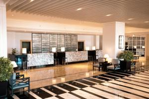 The lobby or reception area at Hilton Guam Resort & Spa