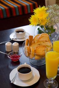 Επιλογές πρωινού για τους επισκέπτες του Domotel Neve Mountain Resort & Spa
