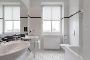Ein Badezimmer in der Unterkunft HOTEL Baltic Stralsund