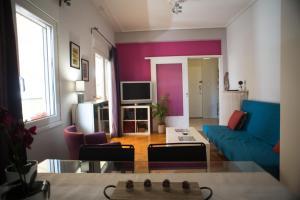 Posezení v ubytování Greek hospitality- 1'next to the metro