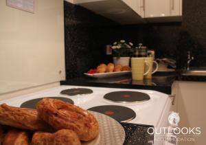 A kitchen or kitchenette at Studio 3 @ Liverpool House