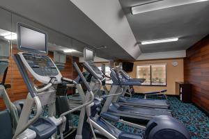 The fitness center and/or fitness facilities at Fairfield Inn & Suites by Marriott Fort Worth I-30 West Near NAS JRB