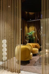 A seating area at Fairmont Pacific Rim