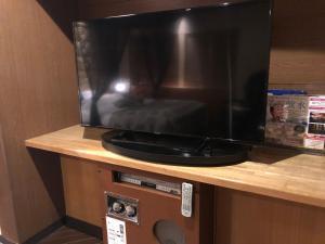 レステイ 水戸(大人専用)にあるテレビまたはエンターテインメントセンター