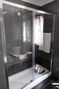 A bathroom at Hotel Dona Sofia