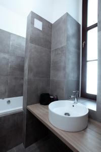 Een badkamer bij The Apartment House - Mezibranska