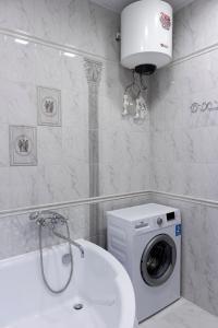 A bathroom at Апартаменты Прованс