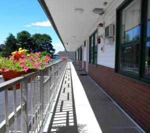 A balcony or terrace at Travelers Inn