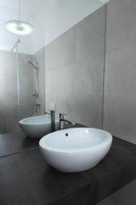 A bathroom at Galeria River