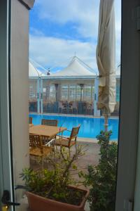 Πισίνα στο ή κοντά στο Sensi Hotel