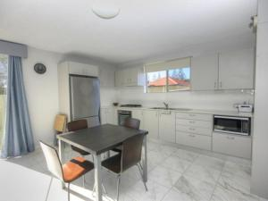 A kitchen or kitchenette at 45 Wharf Street - Whole House