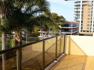 A balcony or terrace at Sundek 18