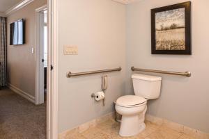 A bathroom at Marco Beach Ocean Resort