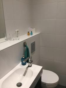 Een badkamer bij De Hocht