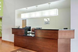 The lobby or reception area at Sleep Inn Macon I-75