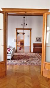 A bed or beds in a room at Luxury apartment in the heart of Varazdin
