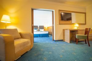 A seating area at Greno Hotel & Spa