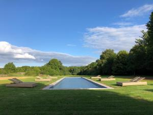 The swimming pool at or near Château de Paradis