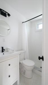 A bathroom at Breakers Montauk