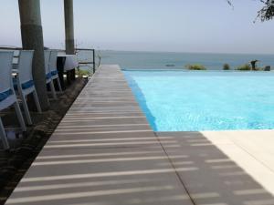 Piscine de l'établissement Union Amicale Corse Dakar ou située à proximité