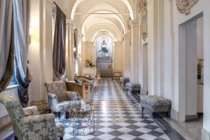 The lobby or reception area at Donna Camilla Savelli