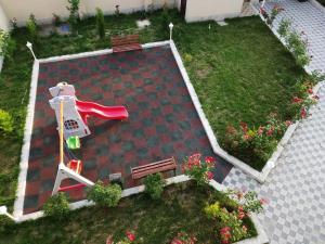 Uma vista aérea de Gabala City Rooms