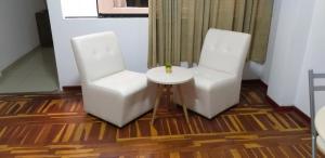 A seating area at Peruvian Family Hostal Miraflores