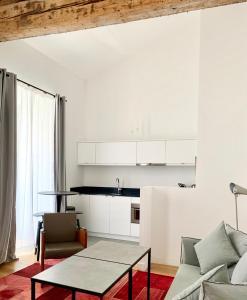 مطبخ أو مطبخ صغير في Le Couvent Marseille