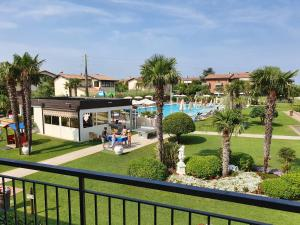 A view of the pool at Residence La Margherita or nearby