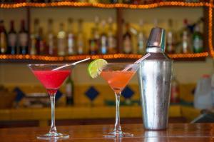 Drinks at Cahal Pech Village Resort