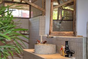 A bathroom at Meno Dream Resort