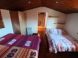 Cama o camas de una habitación en Apartament in Castellar de n'Hug
