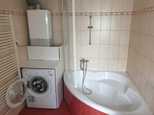 A bathroom at U Matěje