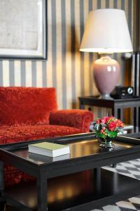 A seating area at Romantik Hotel das Smolka