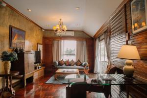 A seating area at Ammata Lanta Resort
