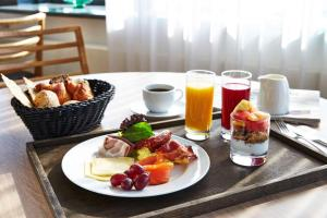Breakfast options available to guests at Kurhotel Skodsborg