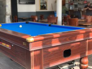 A pool table at The Fulwich Hotel