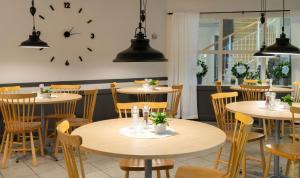 En restaurang eller annat matställe på Hotell Vilja