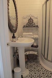 A bathroom at The Roost