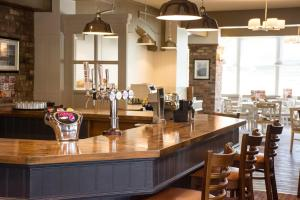 A restaurant or other place to eat at Dragonfly Hotel Colchester