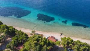 Ptičja perspektiva nastanitve Mobile Homes Camp Perna - Adriatic Kampovi