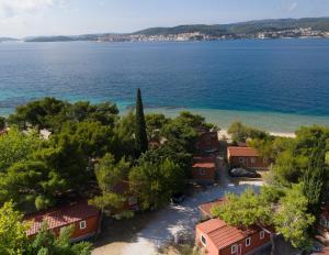 Ptičja perspektiva nastanitve Mobile Homes Adriatic Camping - Perna Orebic