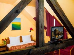 Гостиная зона в Cloister Inn Hotel