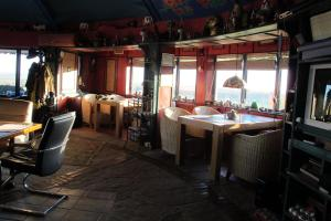 A restaurant or other place to eat at Safari Danube Delta