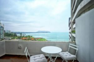 A balcony or terrace at InkaHuset Miraflores Oceanfront