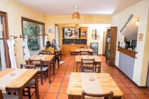 A restaurant or other place to eat at Posada El Viajero