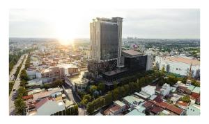 A bird's-eye view of The Mira Central Park Hotel