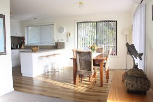 A kitchen or kitchenette at SEAHOUSE