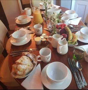Breakfast options available to guests at The Horse Inn Hurst