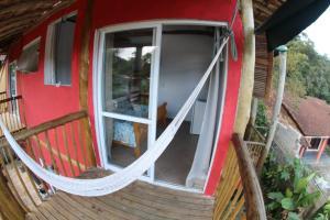 A balcony or terrace at Alma Surf House